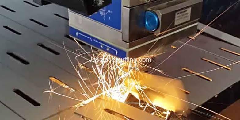 laser pemotong